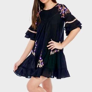 🆕 Free People Black Floral Embroidered Dress, S